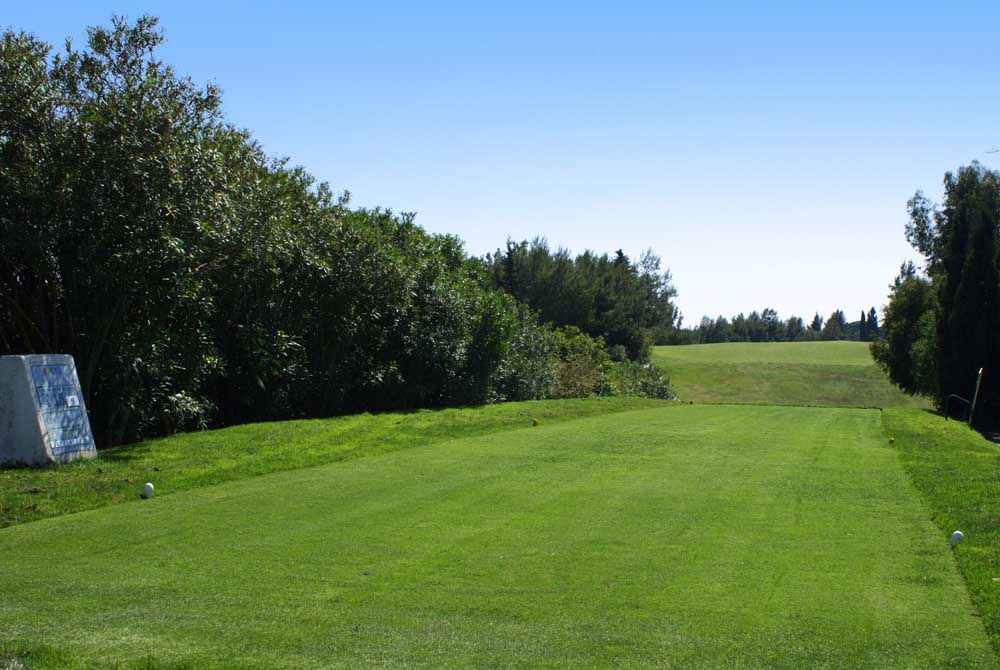 https://golftravelpeople.com/wp-content/uploads/2019/04/Pestana-Alto-Golf-Club-11.jpg