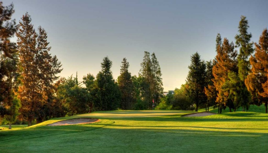 https://golftravelpeople.com/wp-content/uploads/2019/04/Pestana-Alto-Golf-Club-3-1024x587.jpg