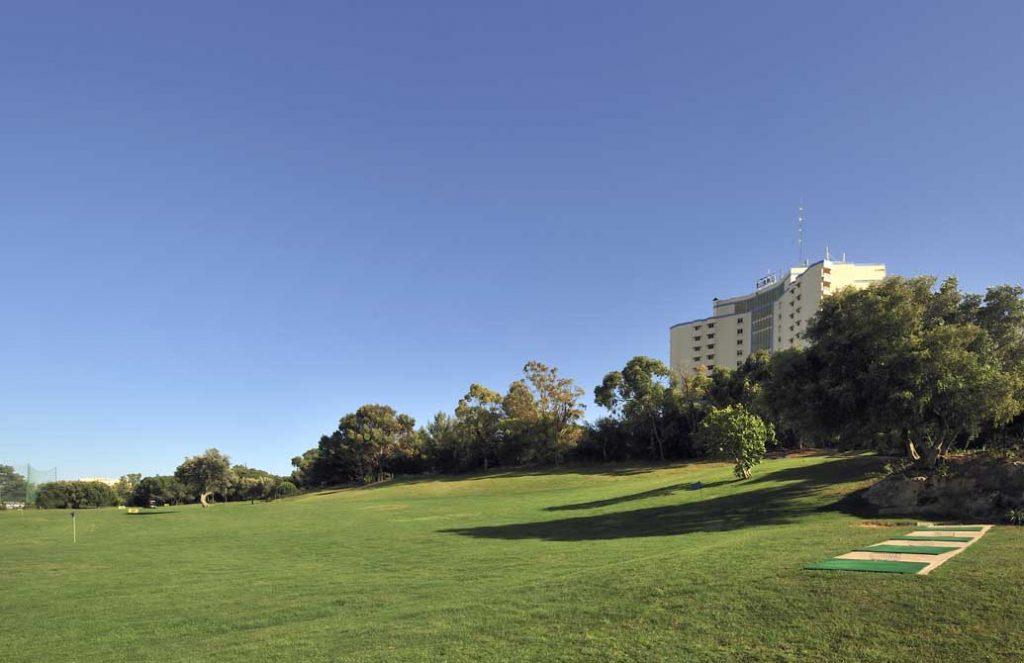https://golftravelpeople.com/wp-content/uploads/2019/04/Pestana-Delfim-17-1024x663.jpg