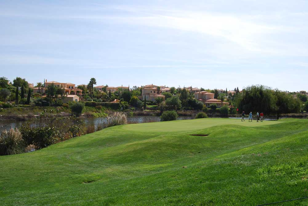 https://golftravelpeople.com/wp-content/uploads/2019/04/Pestana-Gramacho-Golf-Club-4.jpg
