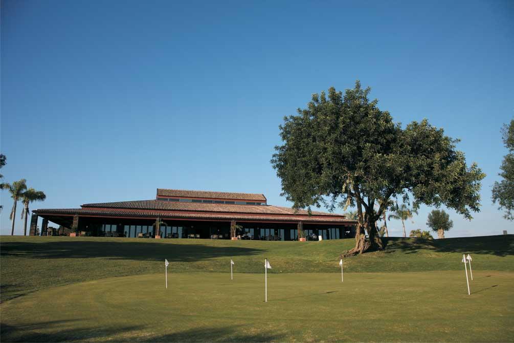 https://golftravelpeople.com/wp-content/uploads/2019/04/Pestana-Pinta-Golf-Club-1.jpg