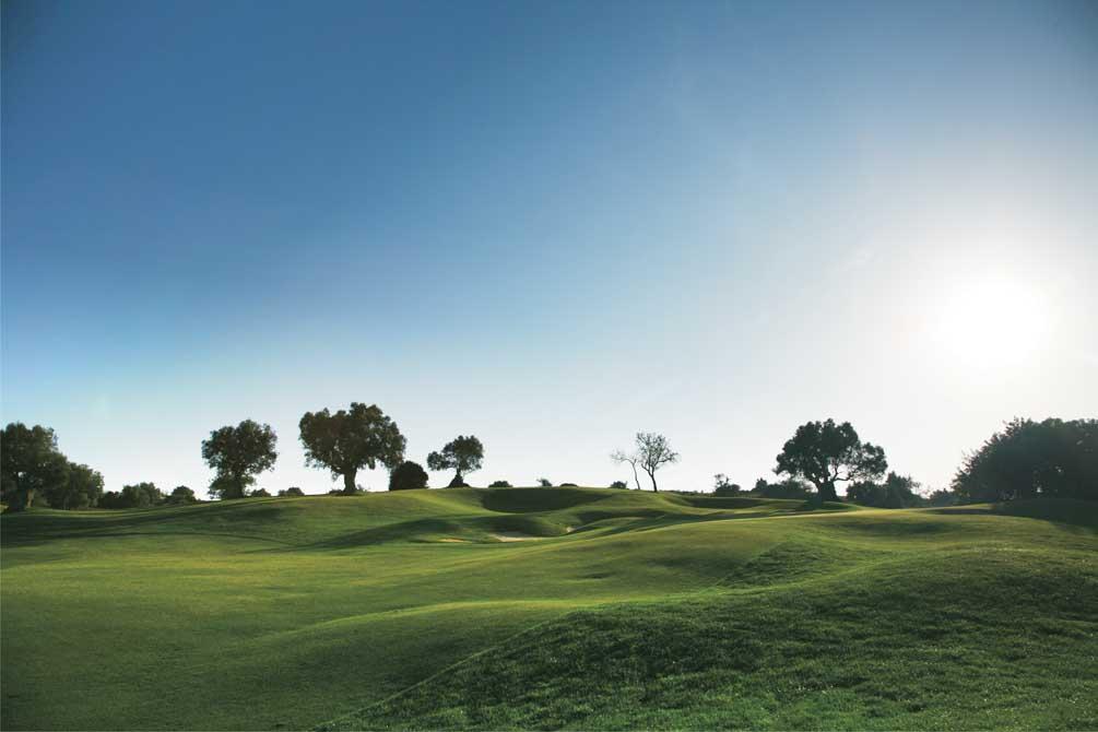 https://golftravelpeople.com/wp-content/uploads/2019/04/Pestana-Pinta-Golf-Club-6.jpg