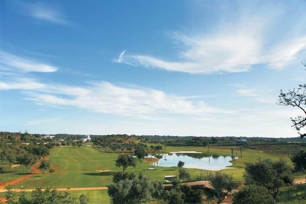 https://golftravelpeople.com/wp-content/uploads/2019/04/Pestana-Silves-Golf-Club-3.jpg
