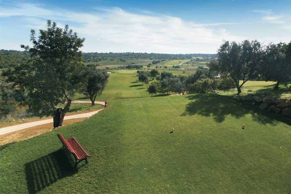 https://golftravelpeople.com/wp-content/uploads/2019/04/Pestana-Silves-Golf-Club-5.jpg