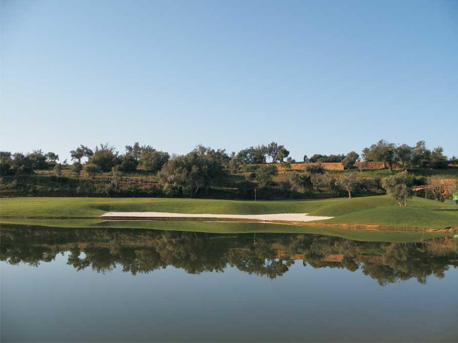 https://golftravelpeople.com/wp-content/uploads/2019/04/Pestana-Silves-Golf-Club-6.jpg
