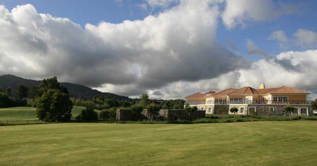 https://golftravelpeople.com/wp-content/uploads/2019/04/Pestana-Sintra-4-1024x538.jpg