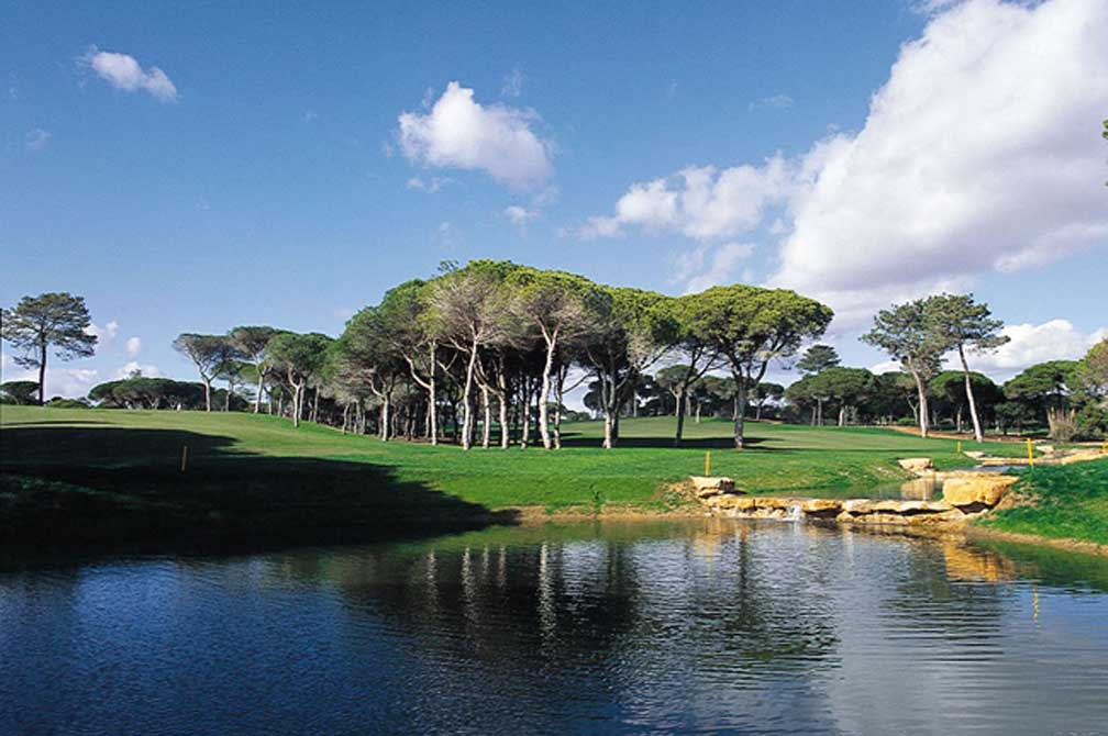 https://golftravelpeople.com/wp-content/uploads/2019/04/Pestana-Vila-Sol-Golf-Club-12-4.jpg