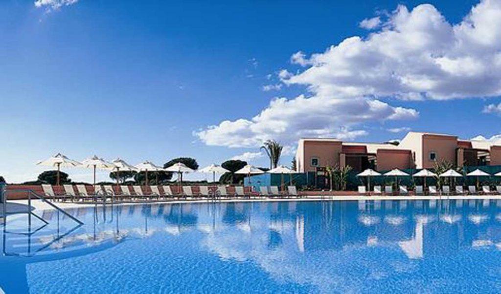 https://golftravelpeople.com/wp-content/uploads/2019/04/Pestana-Vila-Sol-Hotel-1-1024x602.jpg