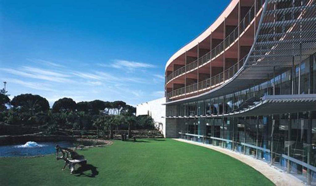 https://golftravelpeople.com/wp-content/uploads/2019/04/Pestana-Vila-Sol-Hotel-2-1024x602.jpg