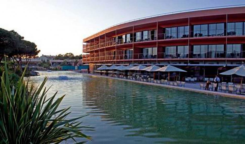 https://golftravelpeople.com/wp-content/uploads/2019/04/Pestana-Vila-Sol-Hotel-3-1024x602.jpg