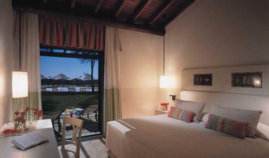 https://golftravelpeople.com/wp-content/uploads/2019/04/Pestana-Vila-Sol-Hotel-9-1024x602.jpg