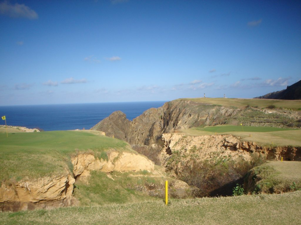 https://golftravelpeople.com/wp-content/uploads/2019/04/Porto-Santo-Golf-Club-Madeira-19-1024x768.jpg