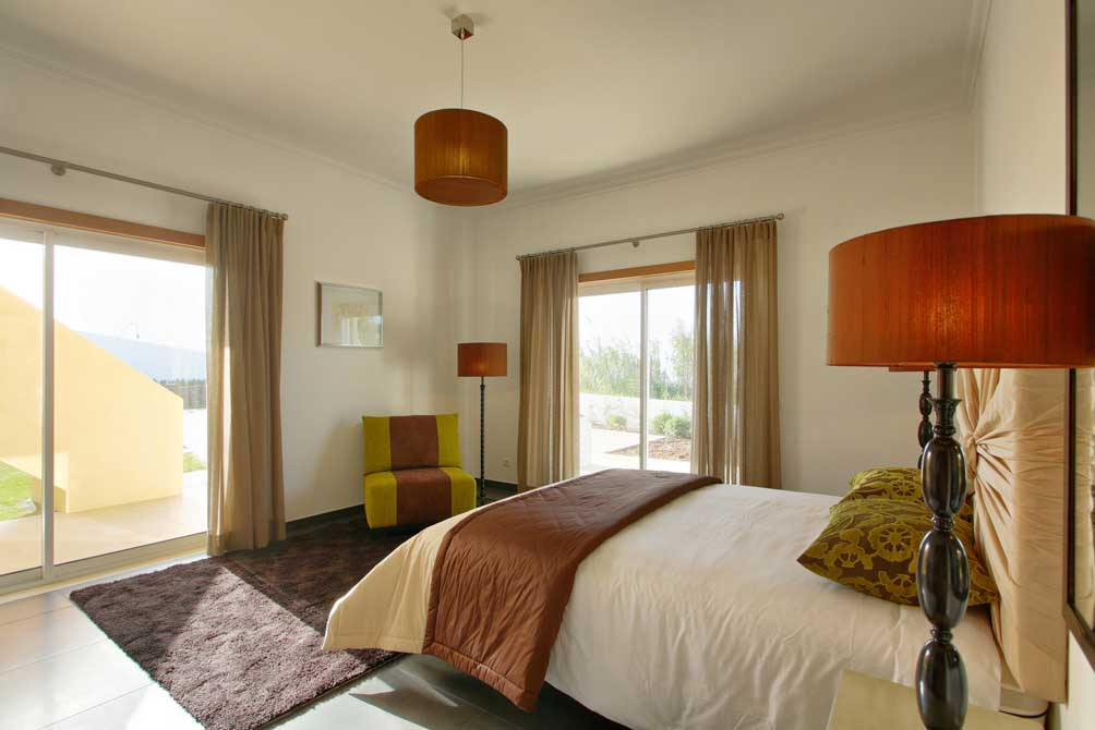 https://golftravelpeople.com/wp-content/uploads/2019/04/Praia-del-Rey-Holiday-Residences-1.jpg