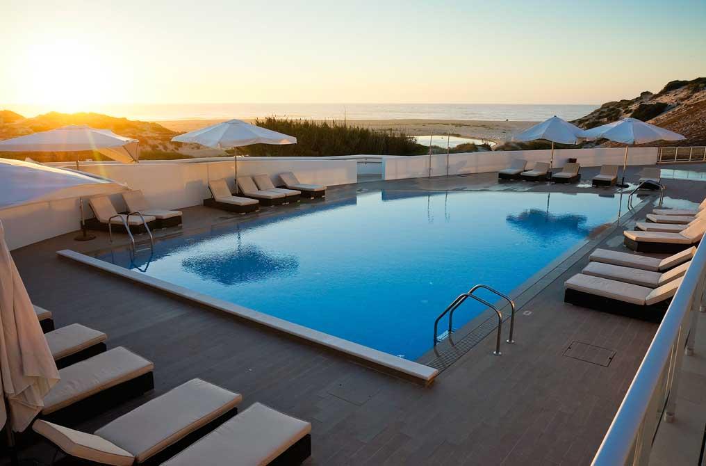 https://golftravelpeople.com/wp-content/uploads/2019/04/Praia-del-Rey-Holiday-Residences-5.jpg