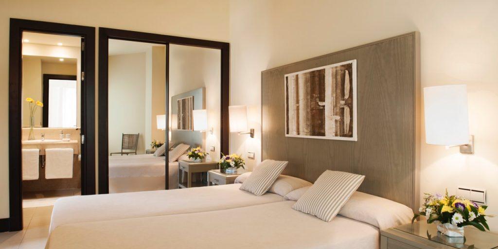 https://golftravelpeople.com/wp-content/uploads/2019/04/Precise-Resort-El-Rompido-Huelva-Costa-de-la-Luz-Spain-53-1024x512.jpg