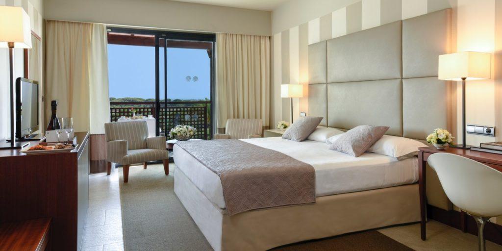 https://golftravelpeople.com/wp-content/uploads/2019/04/Precise-Resort-El-Rompido-Huelva-Costa-de-la-Luz-Spain-55-1024x512.jpg