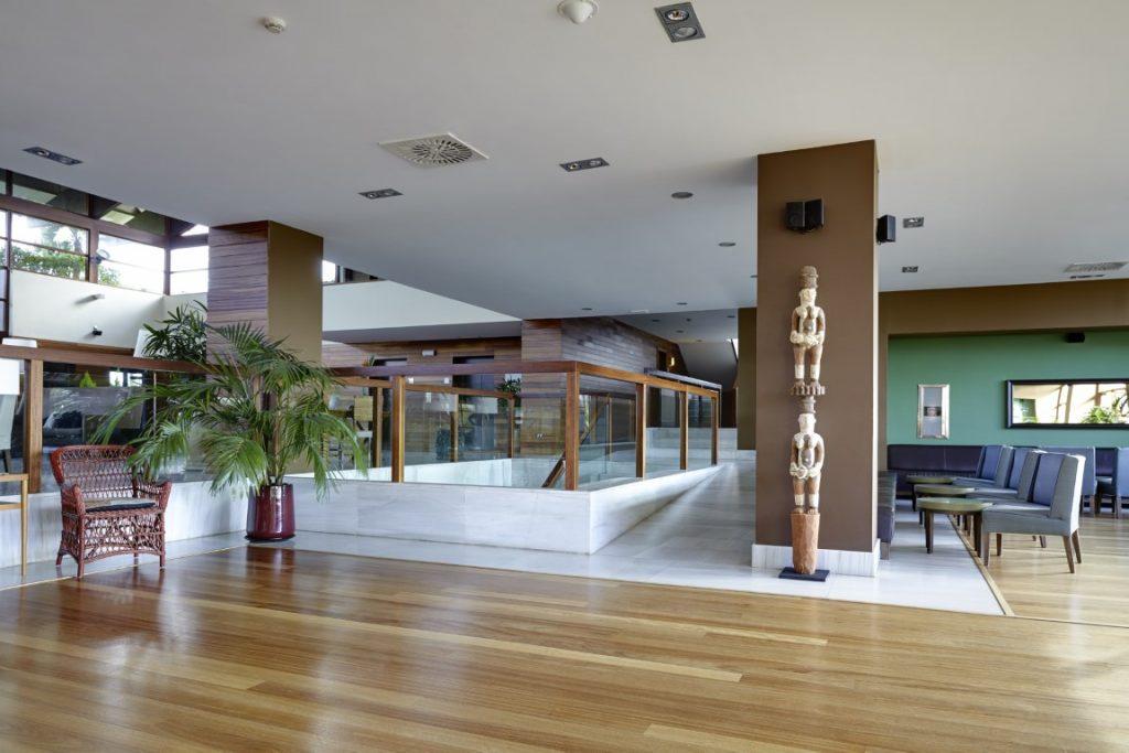https://golftravelpeople.com/wp-content/uploads/2019/04/Precise-Resort-El-Rompido-New-7-1024x683.jpg