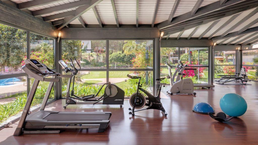 https://golftravelpeople.com/wp-content/uploads/2019/04/Precise-Resort-El-Rompido-Spa-New-4-1024x576.jpg