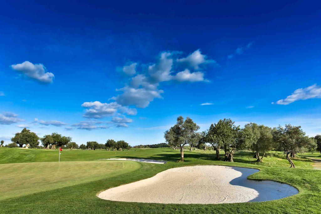 https://golftravelpeople.com/wp-content/uploads/2019/04/Quinta-da-Cima-Golf-Club-New-26-1024x683.jpg