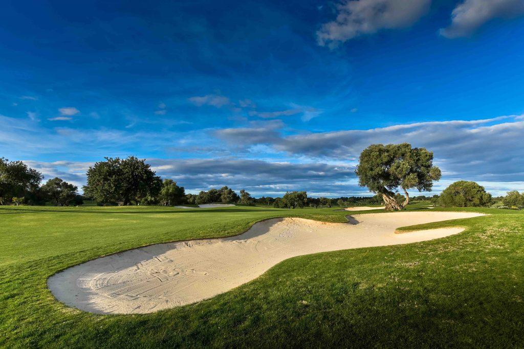 https://golftravelpeople.com/wp-content/uploads/2019/04/Quinta-da-Cima-Golf-Club-New-30-1024x683.jpg