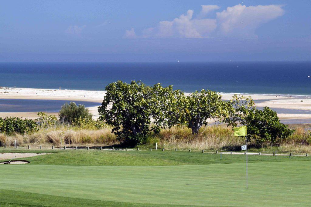 https://golftravelpeople.com/wp-content/uploads/2019/04/Quinta-da-Ria-Golf-Club-New-28-1024x683.jpg
