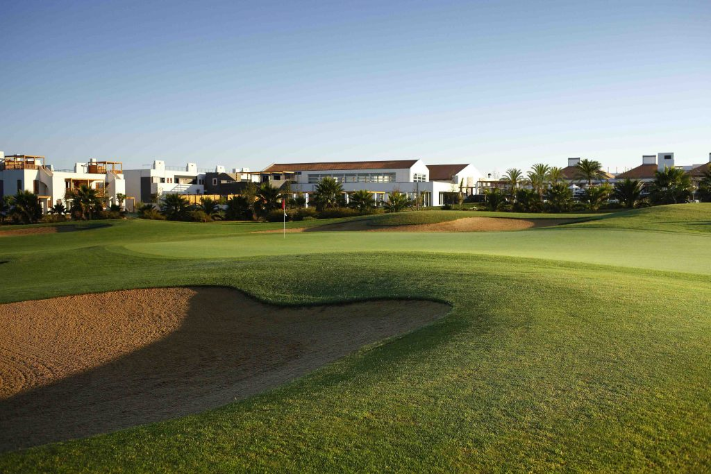 https://golftravelpeople.com/wp-content/uploads/2019/04/Quinta-da-Ria-Golf-Club-New-33-1024x683.jpg