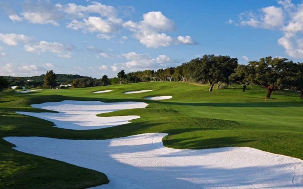 https://golftravelpeople.com/wp-content/uploads/2019/04/Quinta-do-Lago-Golf-Club-Laranjal-4-1024x640.jpg