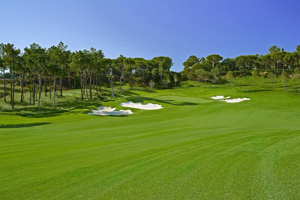 https://golftravelpeople.com/wp-content/uploads/2019/04/Quinta-do-Lago-Golf-Club-North-5.jpg