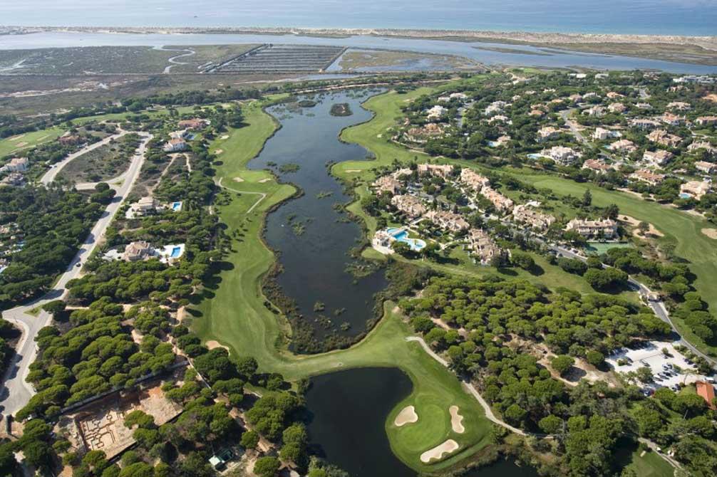 https://golftravelpeople.com/wp-content/uploads/2019/04/Quinta-do-Lago-Golf-Club-South-11.jpg