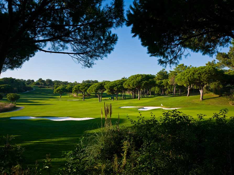 https://golftravelpeople.com/wp-content/uploads/2019/04/Quinta-do-Lago-Golf-Club-South-9.jpg