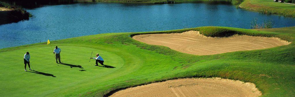 https://golftravelpeople.com/wp-content/uploads/2019/04/Quinta-do-Peru-Golf-Club-2-1024x339.jpg