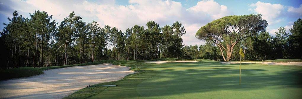 https://golftravelpeople.com/wp-content/uploads/2019/04/Quinta-do-Peru-Golf-Club-4.jpg