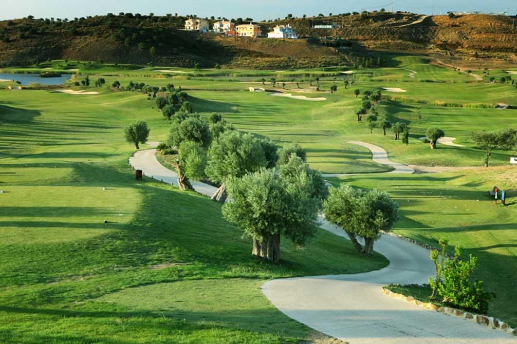 https://golftravelpeople.com/wp-content/uploads/2019/04/Quinta-do-Vale-Golf-Club-3.jpg