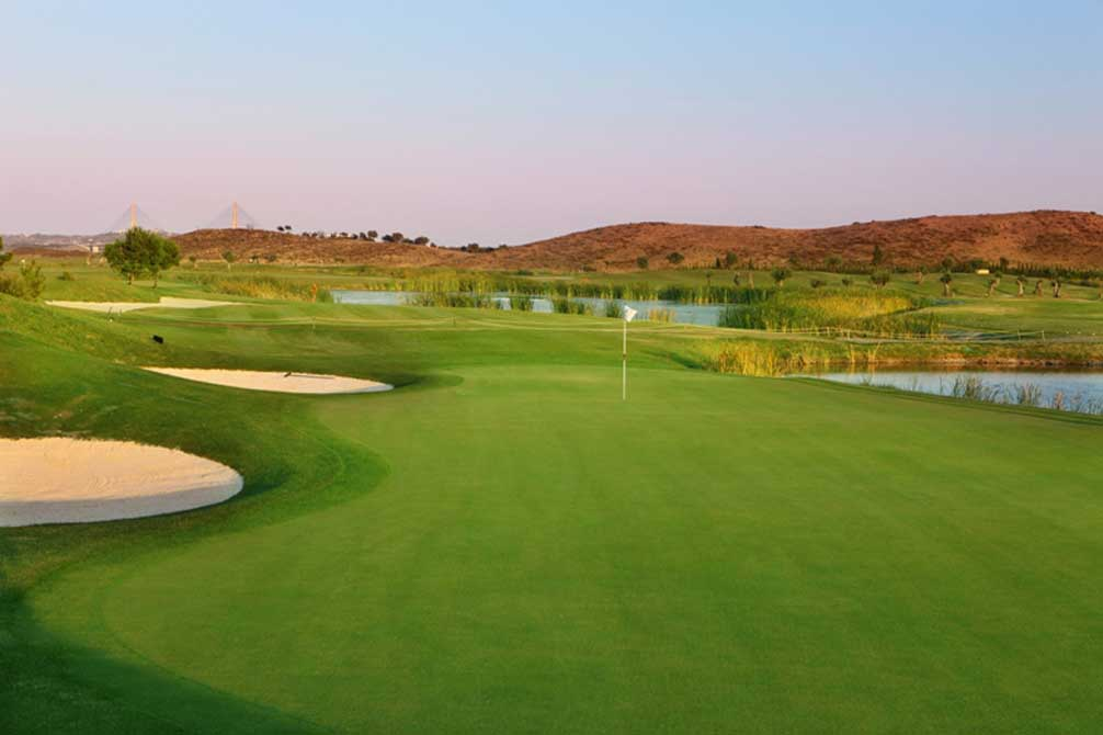 https://golftravelpeople.com/wp-content/uploads/2019/04/Quinta-do-Vale-Golf-Club-5.jpg