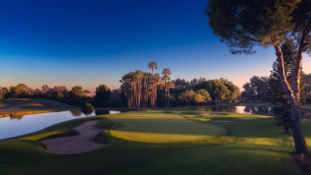 https://golftravelpeople.com/wp-content/uploads/2019/04/Real-Club-Seville-18-1024x576.jpeg