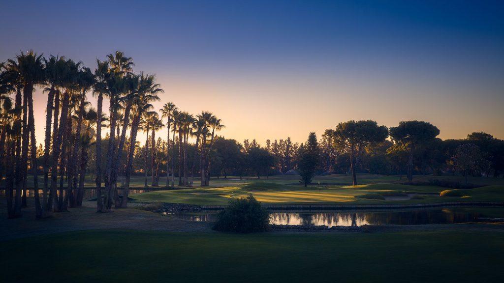 https://golftravelpeople.com/wp-content/uploads/2019/04/Real-Club-Seville-19-1024x576.jpeg