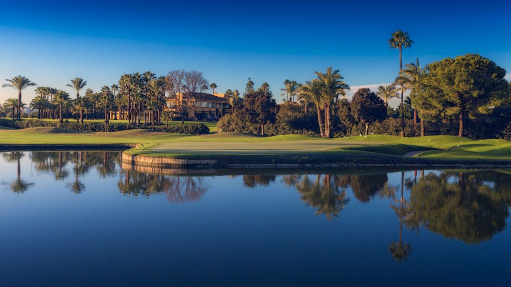 https://golftravelpeople.com/wp-content/uploads/2019/04/Real-Club-Seville-20-1024x576.jpeg