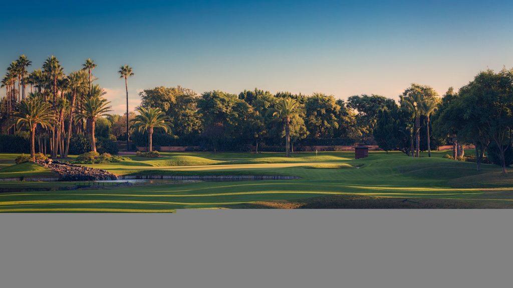https://golftravelpeople.com/wp-content/uploads/2019/04/Real-Club-Seville-21-1024x576.jpeg