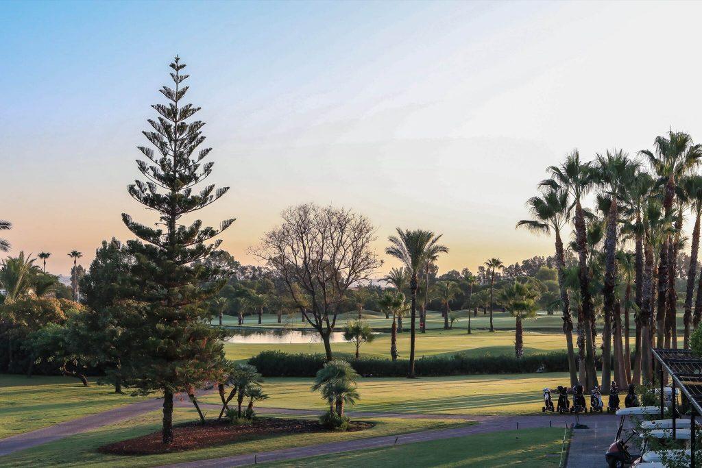 https://golftravelpeople.com/wp-content/uploads/2019/04/Real-Club-Seville-4-1024x683.jpeg