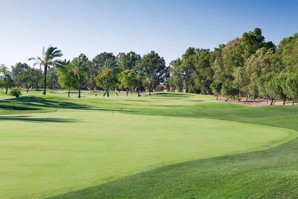https://golftravelpeople.com/wp-content/uploads/2019/04/Real-Club-Seville-8-1024x683.jpeg