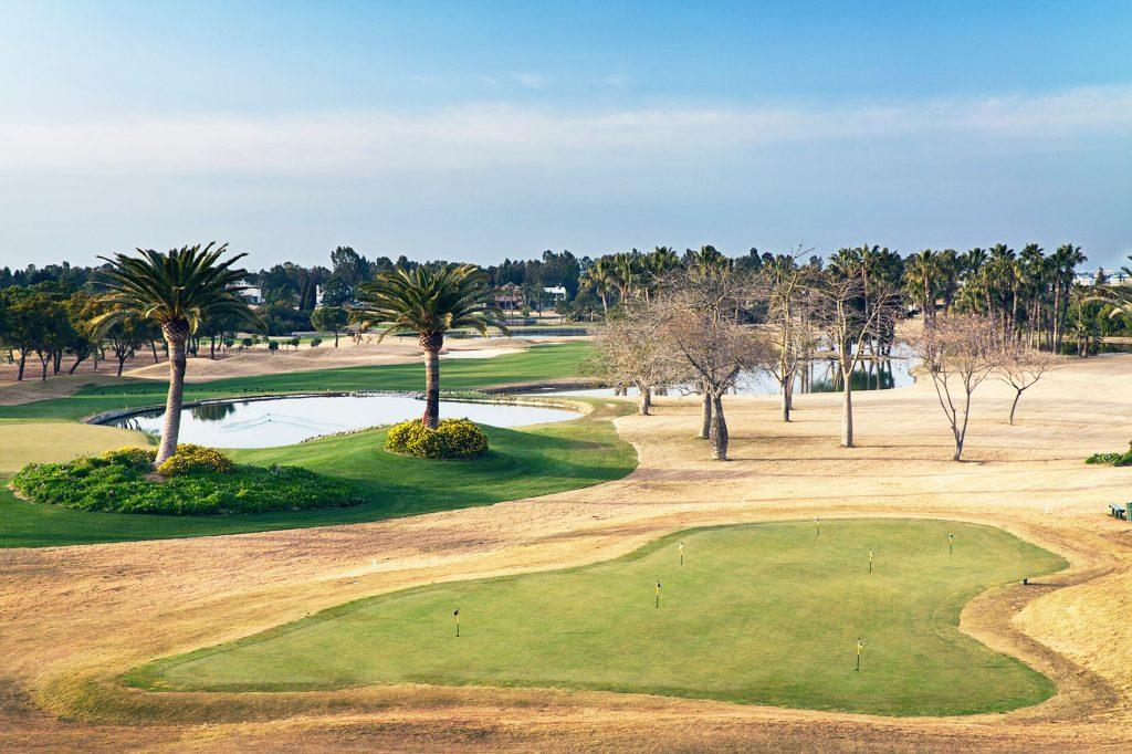 https://golftravelpeople.com/wp-content/uploads/2019/04/Real-Club-Seville-Winter-Conditions-1-1024x682.jpeg