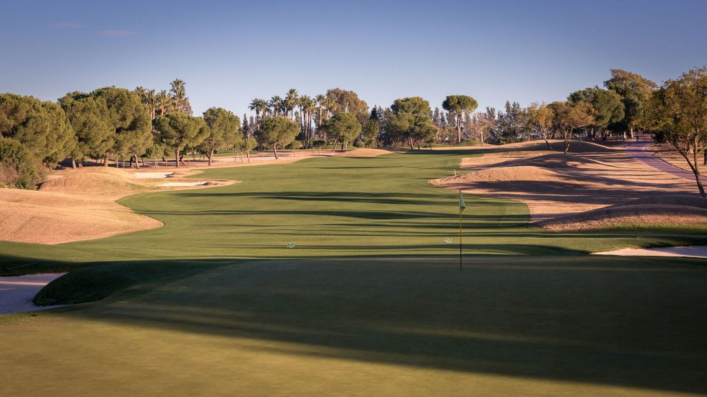 https://golftravelpeople.com/wp-content/uploads/2019/04/Real-Club-Seville-Winter-Conditions-11-1024x576.jpeg