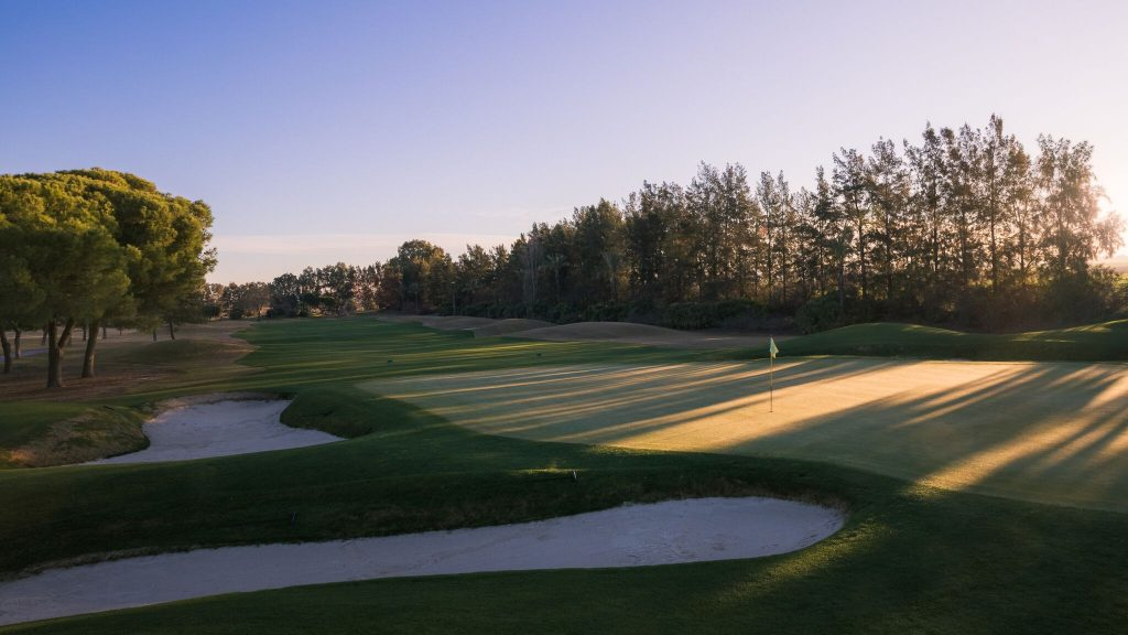 https://golftravelpeople.com/wp-content/uploads/2019/04/Real-Club-Seville-Winter-Conditions-12-1024x576.jpeg
