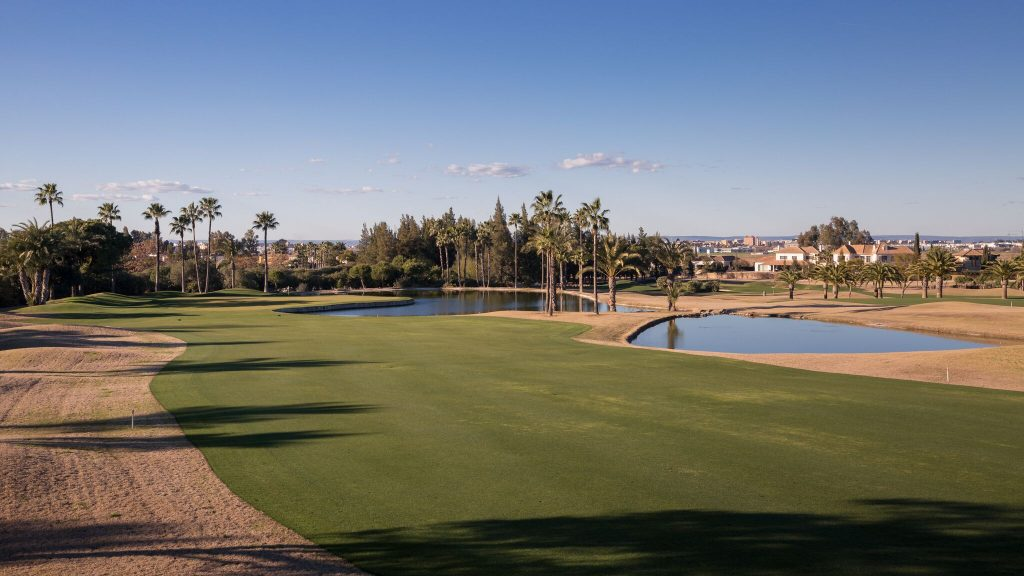 https://golftravelpeople.com/wp-content/uploads/2019/04/Real-Club-Seville-Winter-Conditions-13-1024x576.jpeg