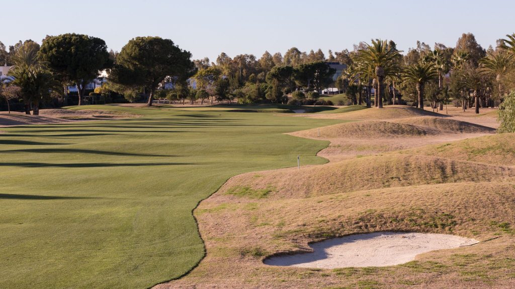 https://golftravelpeople.com/wp-content/uploads/2019/04/Real-Club-Seville-Winter-Conditions-16-1024x576.jpeg