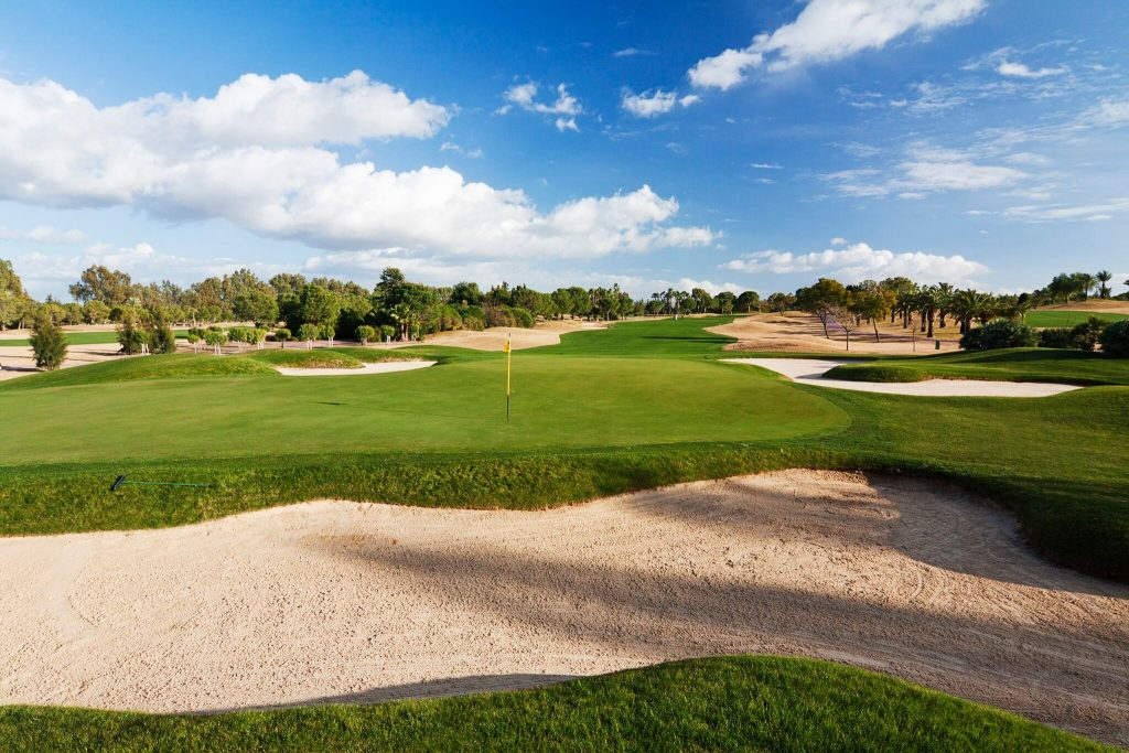 https://golftravelpeople.com/wp-content/uploads/2019/04/Real-Club-Seville-Winter-Conditions-2-1024x683.jpeg