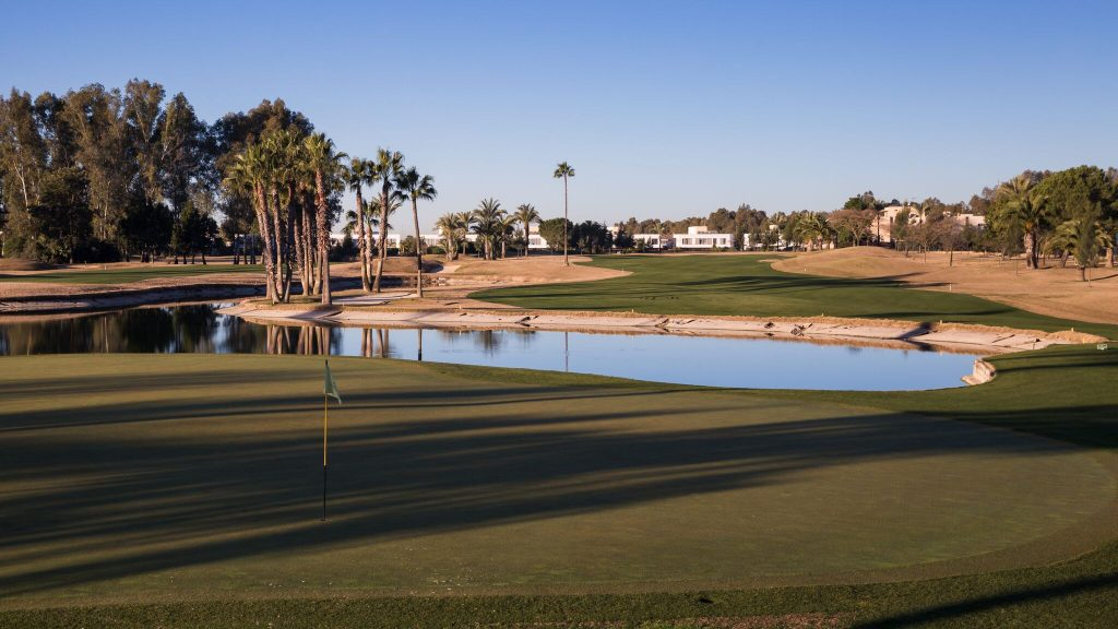 https://golftravelpeople.com/wp-content/uploads/2019/04/Real-Club-Seville-Winter-Conditions-20-1024x576.jpeg