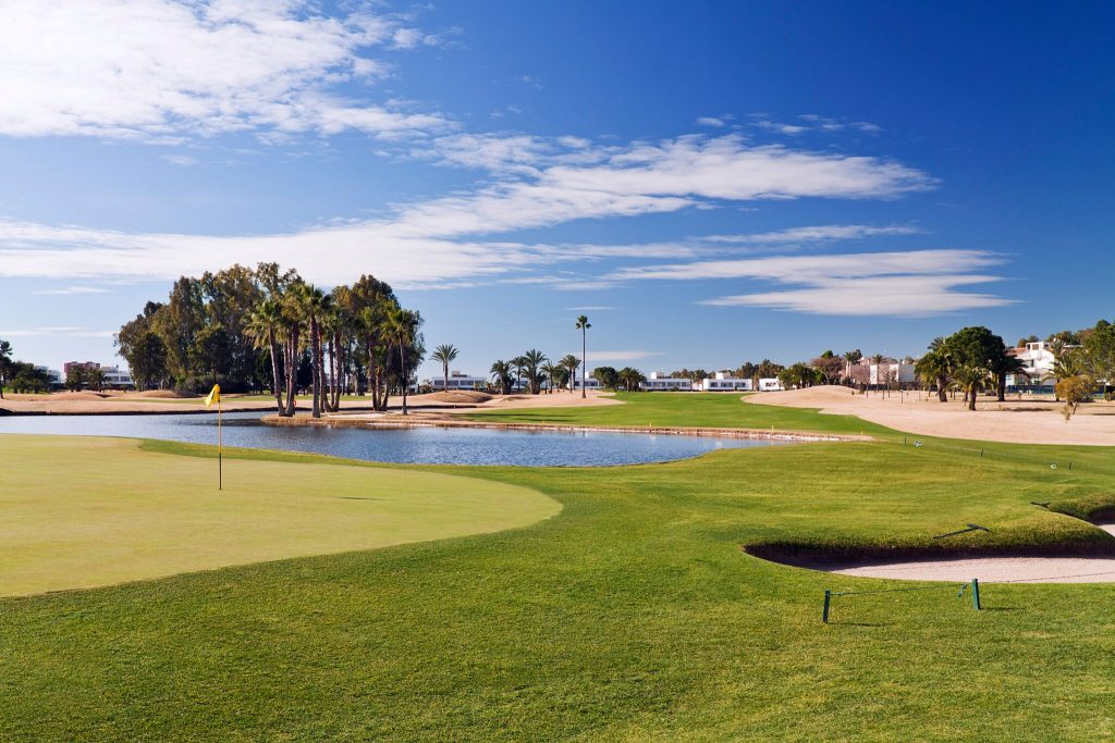 https://golftravelpeople.com/wp-content/uploads/2019/04/Real-Club-Seville-Winter-Conditions-5-1024x683.jpeg