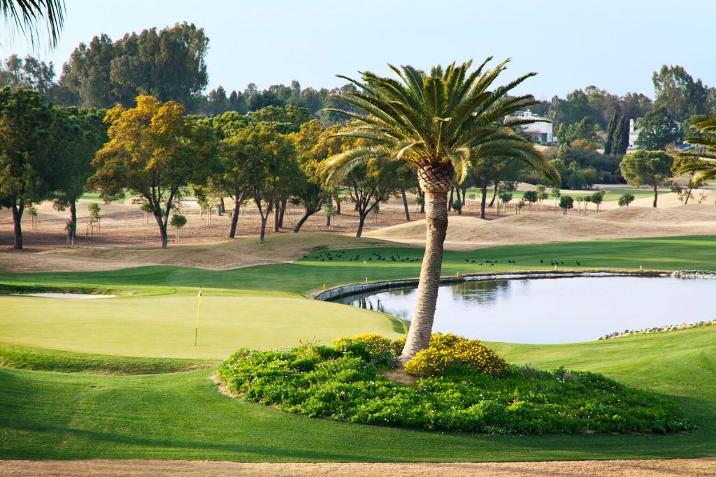 https://golftravelpeople.com/wp-content/uploads/2019/04/Real-Club-Seville-Winter-Conditions-6-1024x683.jpeg
