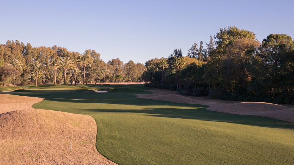https://golftravelpeople.com/wp-content/uploads/2019/04/Real-Club-Seville-Winter-Conditions-8-1024x576.jpeg